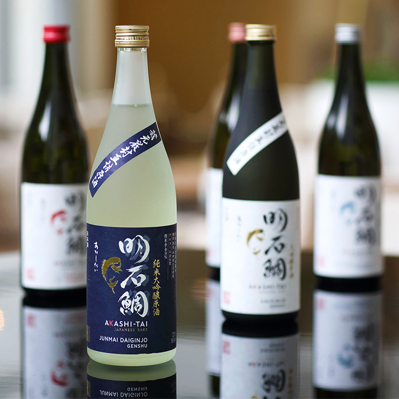 32_0_明石酒類醸造株式会社_純米大吟醸原酒明石鯛